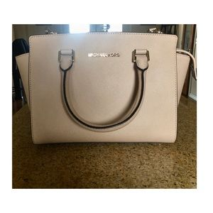 Michael Kors purse with long and short straps
